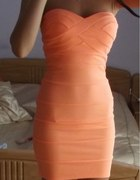 bandazowa sukienka