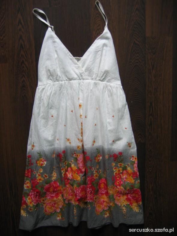 Suknie i sukienki Biała sukienka w kwiaty