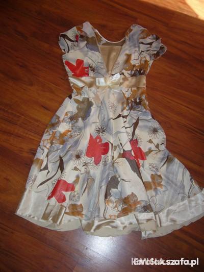 Suknie i sukienki zwiewna na satynie