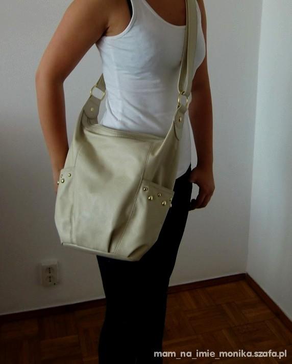 HM torebka kremowa nude