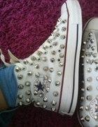 Converse spike