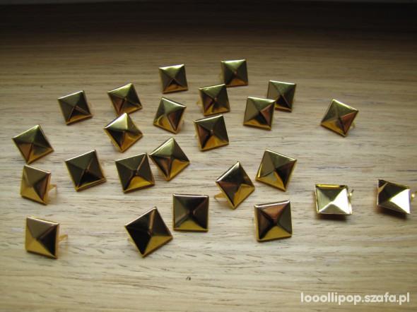 Pozostałe Złote ĆWIEKI PIRAMIDKI 12mm pukle nity kwadraty