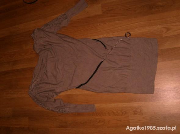 Suknie i sukienki tunika z koronką