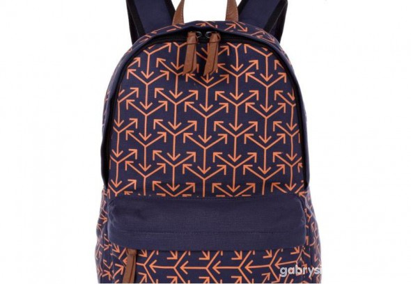 BACKPACK RIVER ISLAND