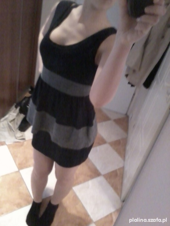 Suknie i sukienki hit z baskinką sweterkowa