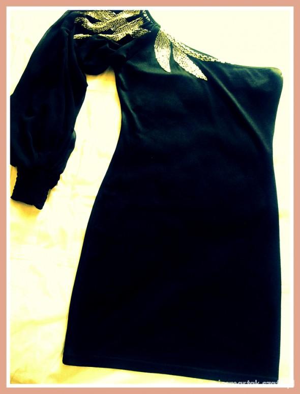 Eleganckie Wieczorowa czarna sukienka konkurs