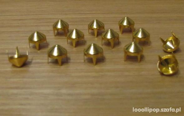 Pozostałe Złote Ćwieki stożek kolec okrągle śred 9mm wys 8mm
