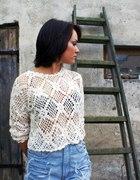 biały ażurowy sweterek i szorty DIY