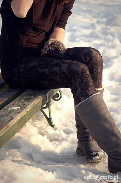 Ażurowe legginsy