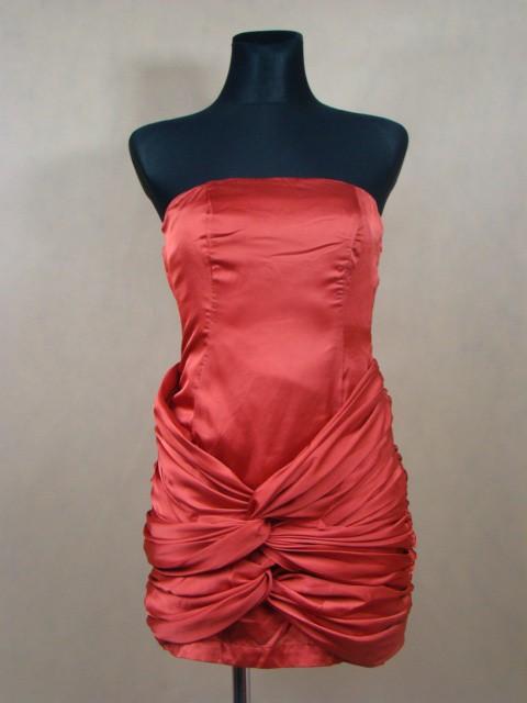 Czerwona wieczorowa sukienka mini...