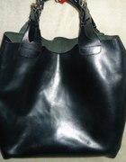 czarna skorzana torba