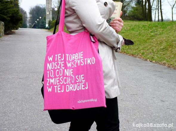 W tej torbie