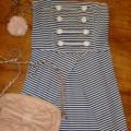 sukienka marynarska S białe guziki rozkloszowana