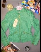 zielona pikowana