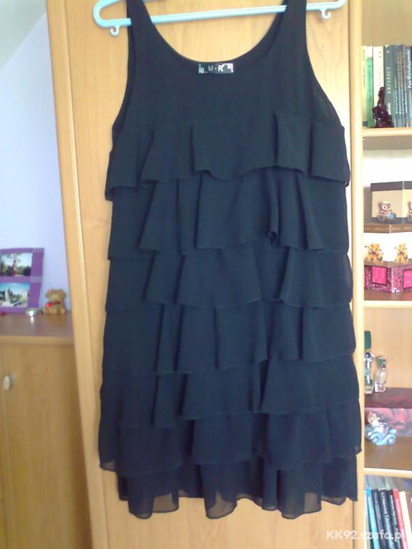 Suknie i sukienki Świetna z falbanami