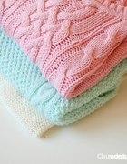 Sweter pastelowy