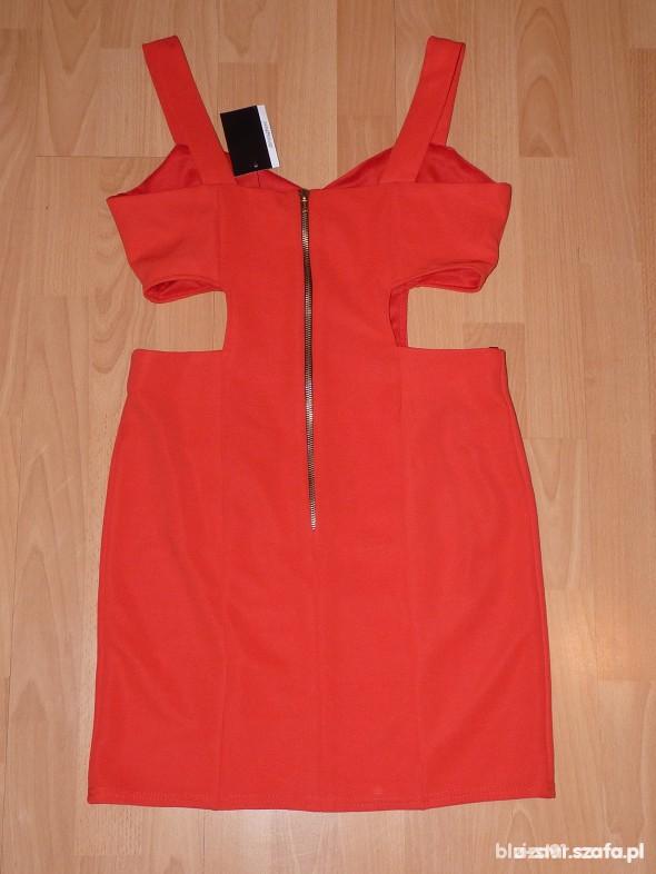 sukienka z wycięta talią rozmiar 38 lub 36