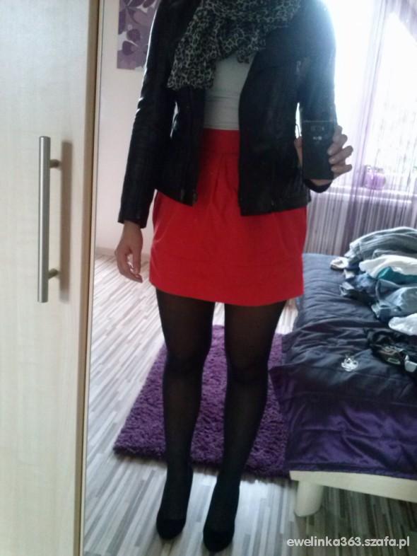 Eleganckie pomarańczowa spódniczka