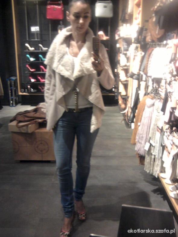 Mój styl Kożuszek Bershka