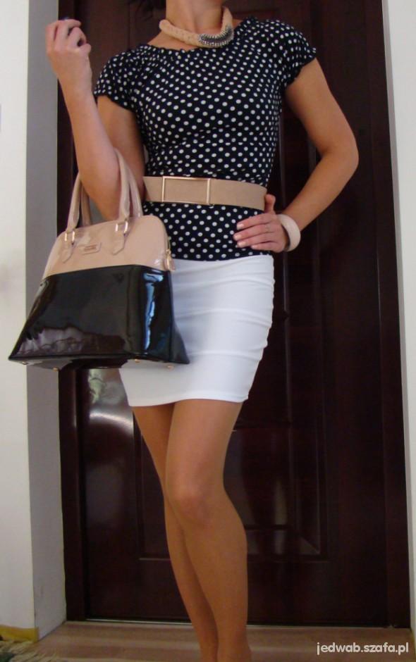 Mój styl Biel czerń i nude
