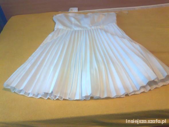 Suknie i sukienki Biała Sukienka H&M