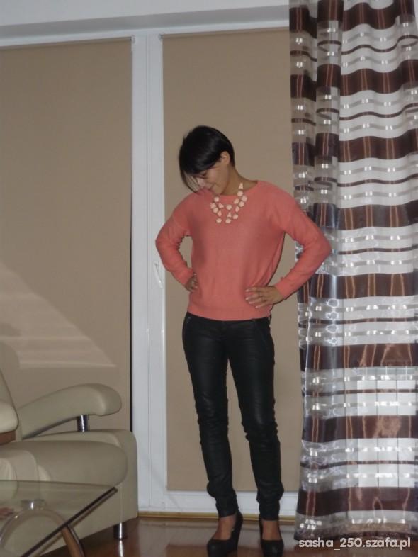 Mój styl sweterkowo koralowo