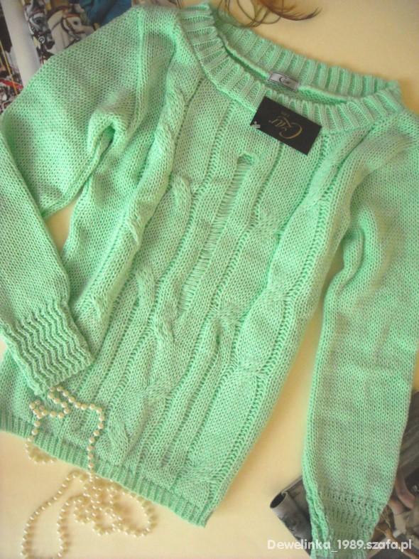 nowy sweter z warkoczem miętowy