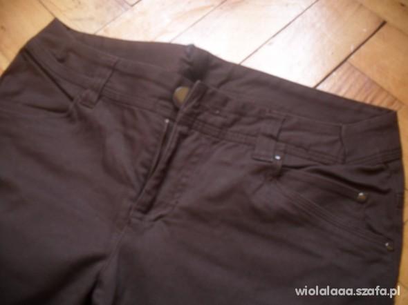 Spodnie brązowe spodnie