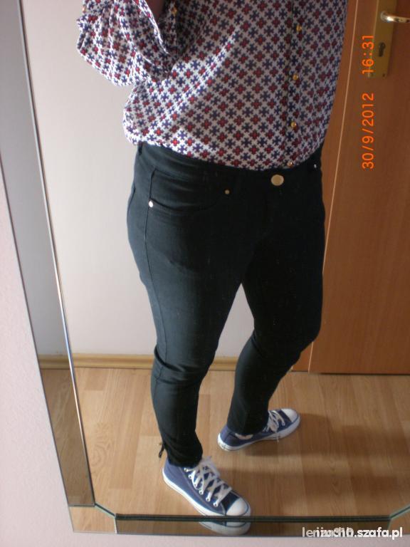 Spodnie Czarne Rurki M