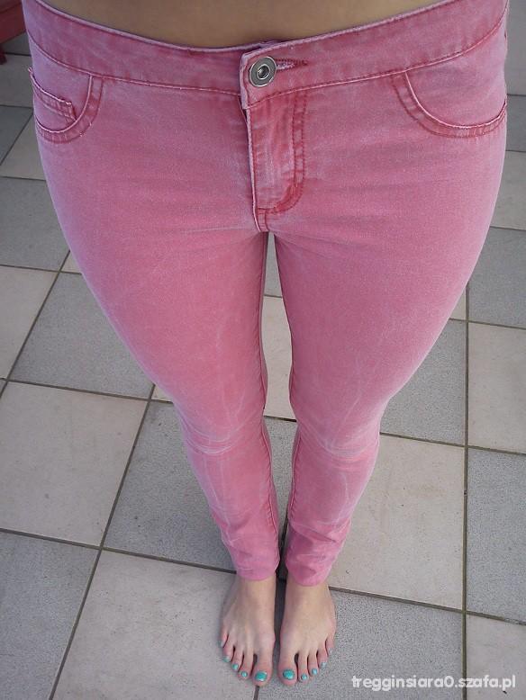 Spodnie malinowe