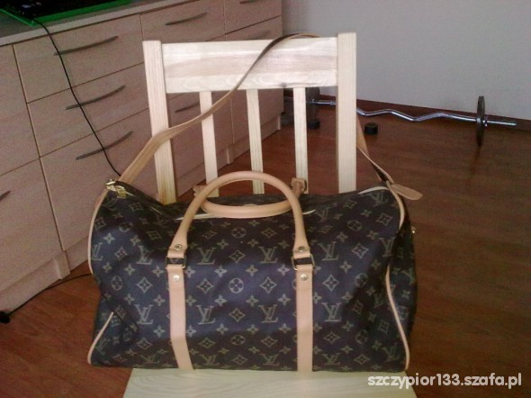 Louis Vuitton kuferek podróżny