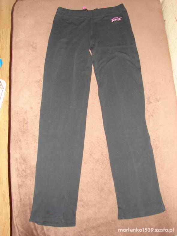 Spodnie Spodnie dresowe