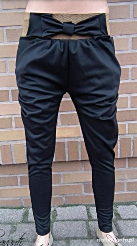 Spodnie Spodnie legginsy bershka z kokardą