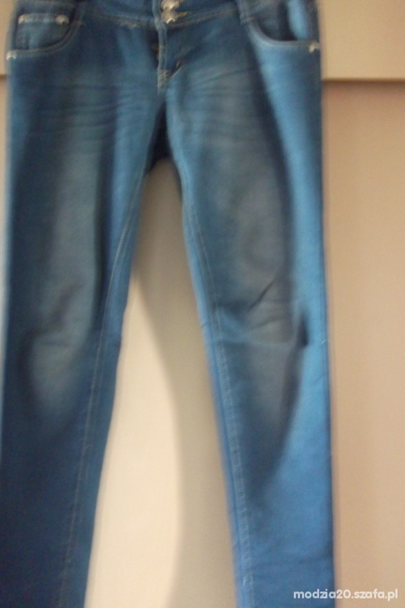 Spodnie rurki jeansowe
