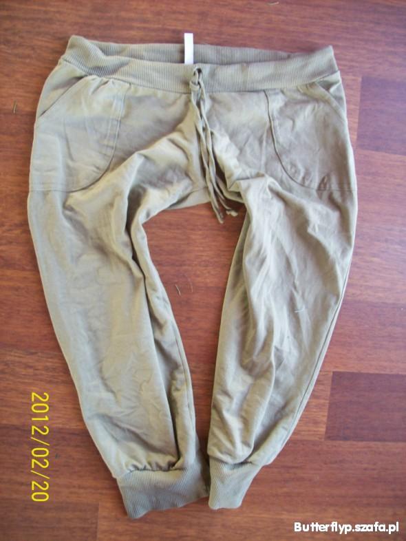 Spodnie pumpy xs new yorker