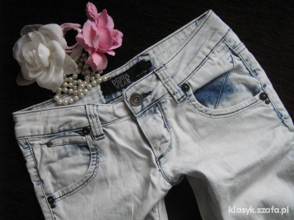 Spodnie jasniutkie rurki marmurki ICHI CUDA