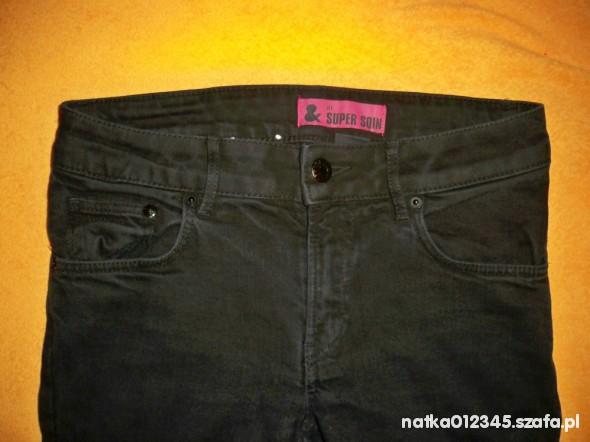Spodnie spodnie rurki hm czarne tylko 10 zl