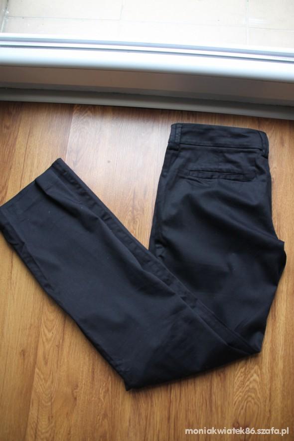Spodnie Eleganckie spodnie Reserved S