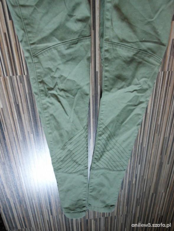 Spodnie piekne rureczki