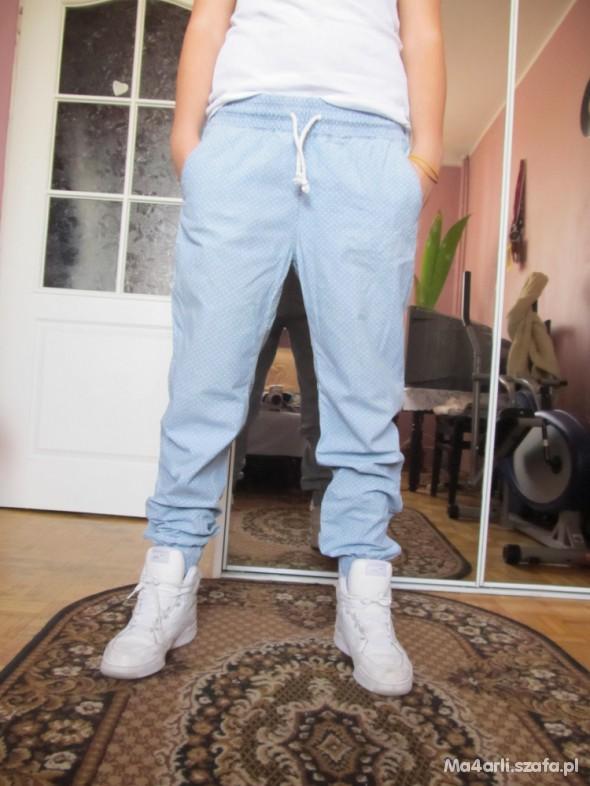 Spodnie Spodnie baggy w groszki H&M rozmiar 38