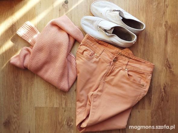 Spodnie Pastelowe Rurki roz 36