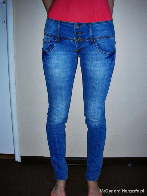 Spodnie Spodnie Terranova