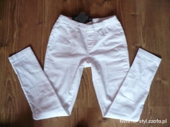 Spodnie NOWE białe TREGGINSY firmowe roz 36 S