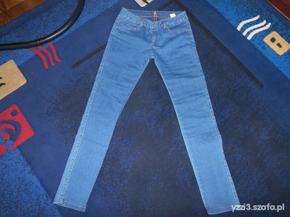 Spodnie nowe rurki z awanti S