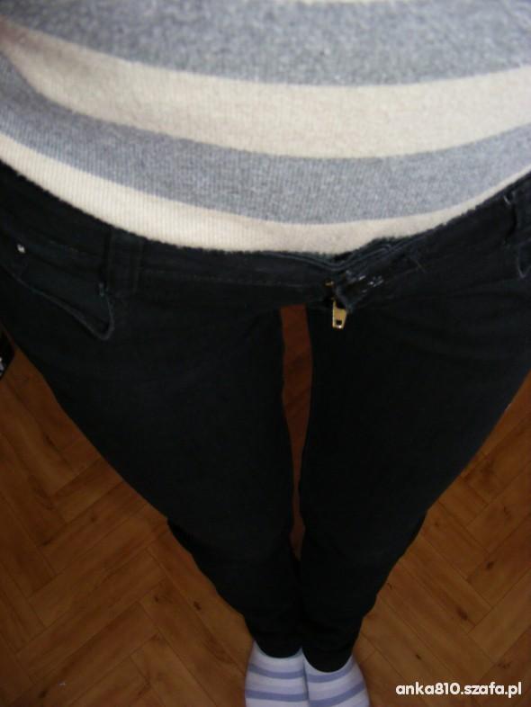 Spodnie czarne rurki S małe M