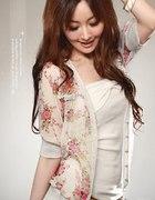 Sweterek Japan Style w kwiatki