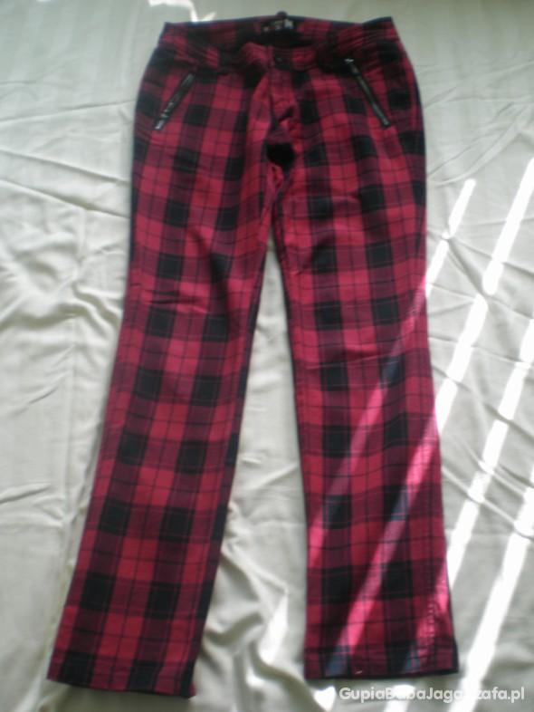 Spodnie Spodnie HOUSE