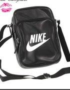 Torebka listonoszka Nike