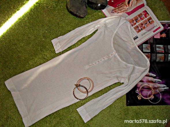 dłuższa biała bluzeczka new look