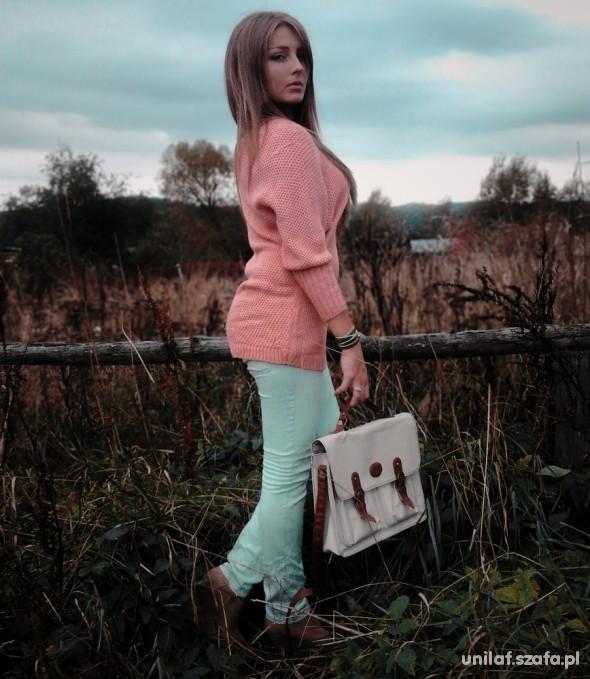 nowy morelowy sweter 80 cm długości